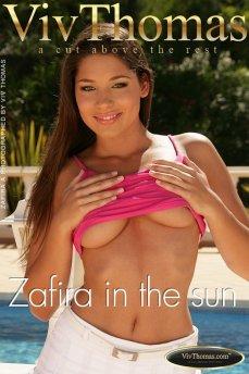 Zafira in the sun