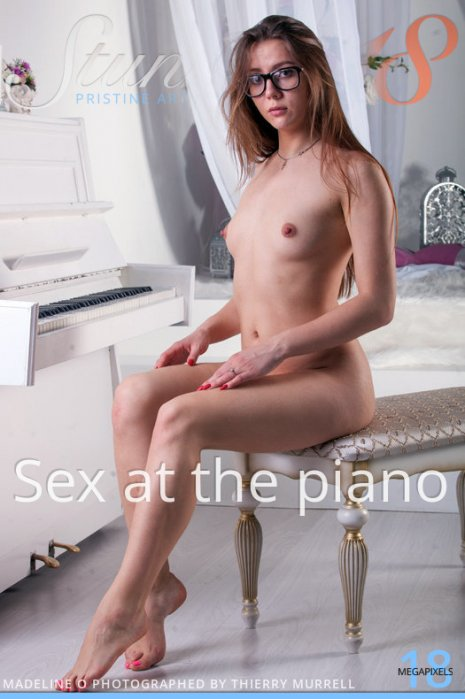 Stunning18 – Madeline O – Sex at the piano 01/24/2020